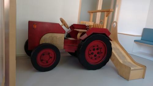 neue Praxis 3 Neues Heim f. Traktor.jpg